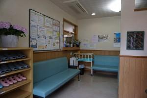 待合室(入口から)